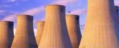 Закон «О теплоснабжении» (ФЗ от 27.07.2010 N190-ФЗ) в соответствии со статьей 1 закона призван регулировать правовые основы экономических отношений возникающих «...в связи с производством, передачей, потреблением тепловой энергии, тепловой мощности, теплоносителя с использованием систем теплоснабжения, созданием, функционированием и развитием таких систем...», а также «...связанные с горячим водоснабжением...связанным с производством, передачей, потреблением горячей воды...», т. е., таким образом, под действие закона полностью подпадают важнейшие системы жизнеобеспечения граждан, в буквальном смысле — этот закон регулирует «жизнь» и функционирование граждан и шире — потребителей «тепла» (т. е. объекты не только гражданской, но и промышленной, транспортной, военной инфраструктур и т. п.).