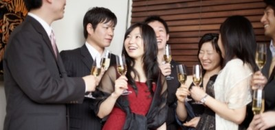 По состоянию на 1 ноября 2013 года в Китае официально насчитывается 157 долларовых миллиардеров. Таким образом, страна заняла вторую строчку рейтинга по числу сверхбогатых граждан. Однако больше всего крезов живет в США: 515 человек.