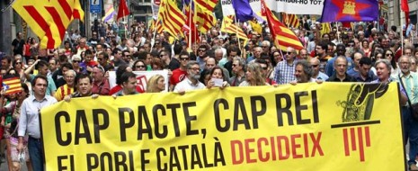 После того как в субботу «Марш достоинства» собрал на площади Женералитата Каталонии более полутора тысяч человек с требованиями хлеба, работы и крыши над головой, в воскресенье 22 июня тысячи граждан...