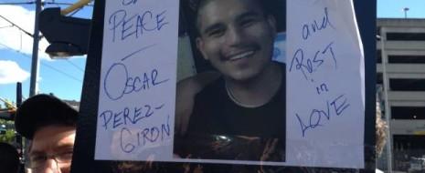 23-летний Оскар Перес-Хирон (Oscar Perez-Giron) был застрелен 30 июня сотрудником управления шерифа Малкольмом Эллиотом (Malcolm Elliott) на пригородной железнодорожной станции Содо в Сиэтле. 6 июля, во время поминальных...