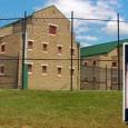 Если вы думаете, что тюрьмы для должников – что-то из романов Чарльза Диккенса и давно забытое – подумаете ещё раз. Тюрьмы для должников стали очень важной частью американского тюремно-промышленного комплекса...