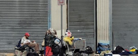 В самой богатой стране мира – США бедных, во-первых, существенно больше, чем в других развитых капиталистических странах. По данным US Bureau of Census (Statistical abstract of the United States, 117th Edition, 1997, table 737) в 1997 году...