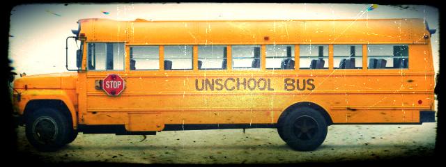 13_3_unschool-bus