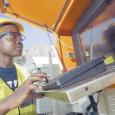 Впервые в истории горнорудного производства Замбии на медных копях на севере страны наравне с шахтёрами будут работать 7 женщин-водителей 120-тонных грузовиков. Они прошли тщательный отбор и проверку на профессиональную...