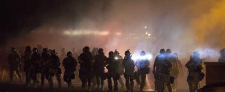 На прошлой неделе вся страна была поражена немыслимыми событиями в Фергюсоне, пригороде Сент-Луиса (Миссури). 9 августа подросток Майкл Браун стал ещё одним пунктом в слишком длинном списке безоружных негров, убитых полицией.