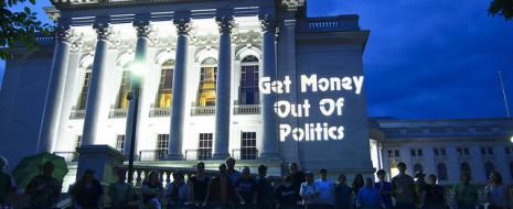 Уолл-Стрит – один из крупнейших источников финансирования президентских предвыборных кампаний, а многие потенциальные кандидаты 2016 года от Республиканской партии являются губернаторами: от Криса Кристи из Нью-Джерси и Рика Перри из Техаса до...