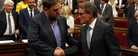 Парламент Каталонии принял закон о всенародных опросах с решениями без обязательной силы и об участии граждан, как и договаривались лидеры ведущих политических сил в начале обсуждения. Решение было принято в напряженную неделю, на следующий...