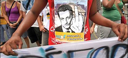 """Бывший правый президент Франции Саркози вечером 21 сентября 2014, в прайм-тайм, выступил с часовым интервью на телеканале """"France 2"""". Ведущий тезис он озвучил ещё двумя днями ранее постом в своей страничке в соцсетях: мол, экс-""""гарант"""" официально..."""