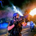 Корпорации наживаются на полицейском насилии в Фергюсоне