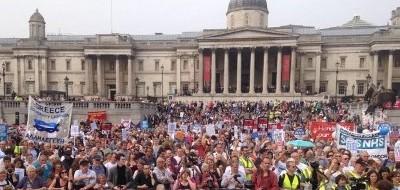 Участники «Народного Марша» против приватизации английского здравоохранения добрались до Лондона после 300-мильного похода.