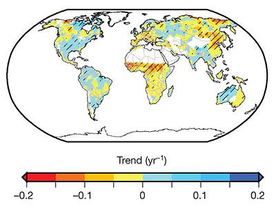Новый анализ засухи за последние 50 лет выявил новые нюансы в глобальных тенденциях. Области, отмеченные красным цветом, испытали повышение уровня засухи, в то время как синие области стали менее склонны к засухе. В целом глобальная тенденция к засухе оказалась меньше, чем считалось ранее.