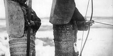 Print PDF  «…понимание особенностей военного дела у эскимосов требует учета их отношения к смерти. Так, повсюду у них наблюдалась вера в то, что умершие насильственной смертью удостаивались счастливой потусторонней […]