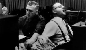 Milgrams_experiments2-300x175