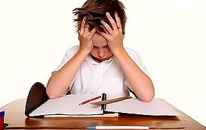 Теперь к тому, что можно сделать, если у вашего ребенка обнаружена дислексия. Здесь я буду просто напрямую транслировать рекомендации профессора Vidyasagar. Во-первых, ребенку с...