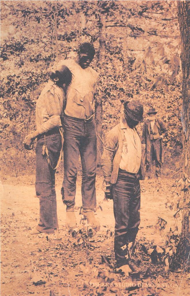 После «суда Линча». Троё повешенных афро-американцев, штат Джорджия, 1892 год.