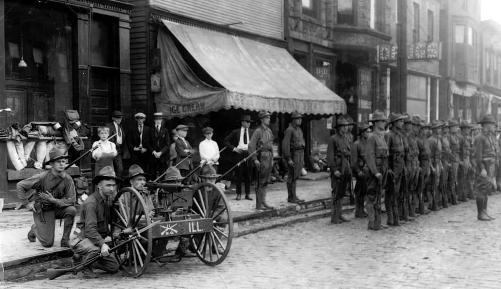 Нацгвардия Иллинойса входит в Чикаго для подавления беспорядков (1919), фото 3