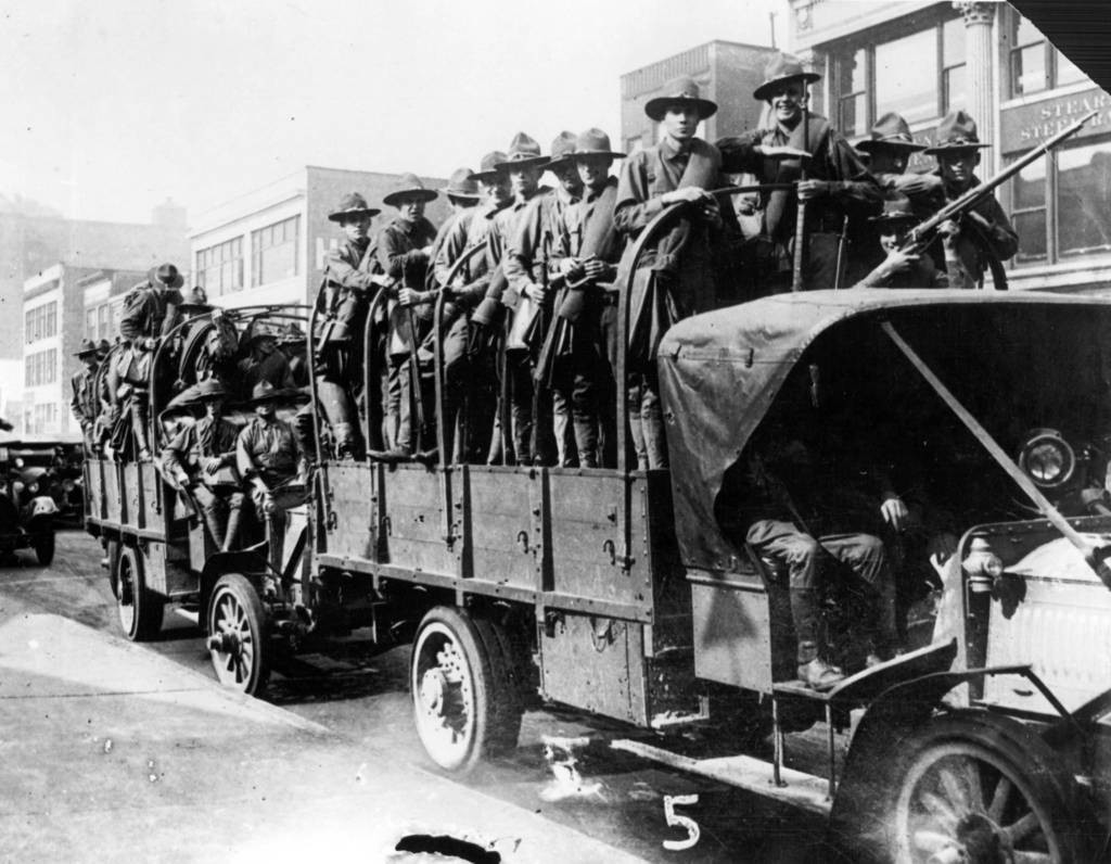 Нацгвардия Иллинойса входит в Чикаго для подавления беспорядков (1919), фото 1