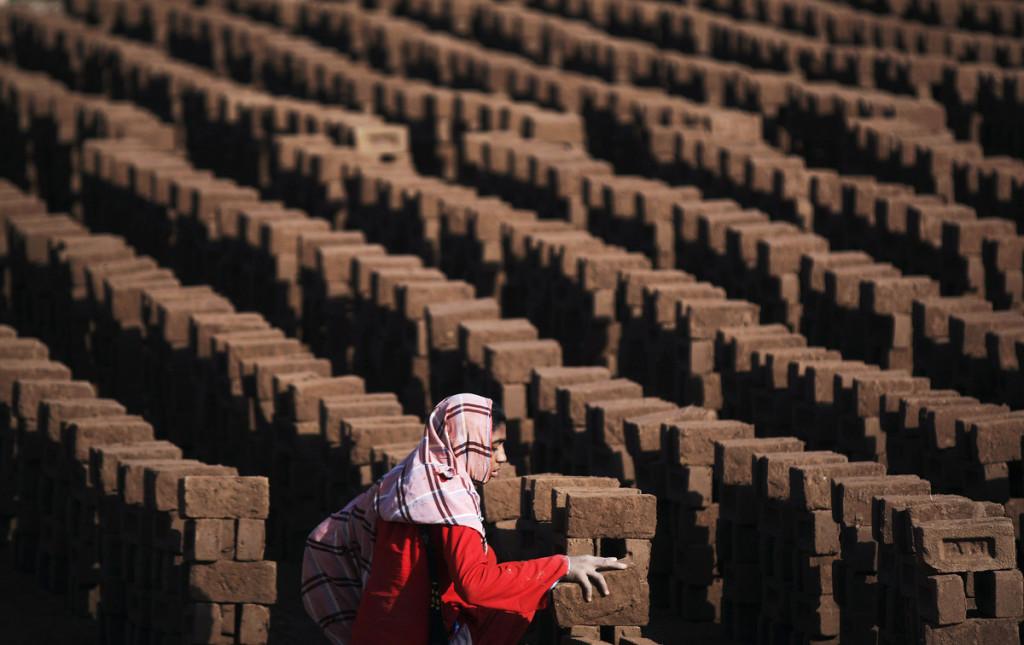 На кирпичной фабрике в предместьях Исламабада