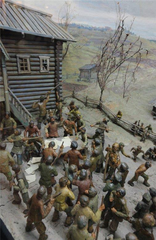 Диорама «Усть-Куломский бунт», выполненная художником Пантелеймоном Митюшевым, является частью экспозиции Национального музея РК, посвященной дореволюционной истории Коми края.