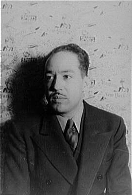 Лэнгстон Хьюз в 1936 году. Фото Карла ван Вахтена