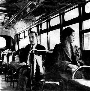 Роза Паркс 21.12.1956 г. демонстративно нарушила правила сегрегации в автобусе г.Монтгомери