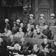 Измерен во время Нюрнбергского процесса офицером военной разведки США, в 1939 г. получившим диплом психолога в Колумбийском университете, Густавом Марком  Гилбертом, также...