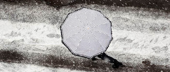 Ещё пример климатического механизма, контринтуитивно обеспечивающего локальное похолодание вследствие общего потепления климата на планете. Зимой аномальные морозы часто...
