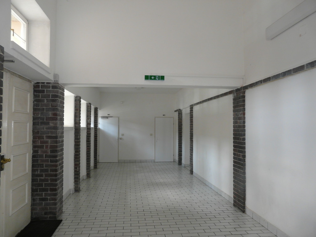Она же внутри, 1й этаж (музей на 2м)
