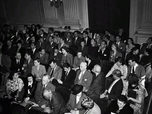 Зрители на заседании Комиссии по расследованию антиамериканской деятельности, 1947