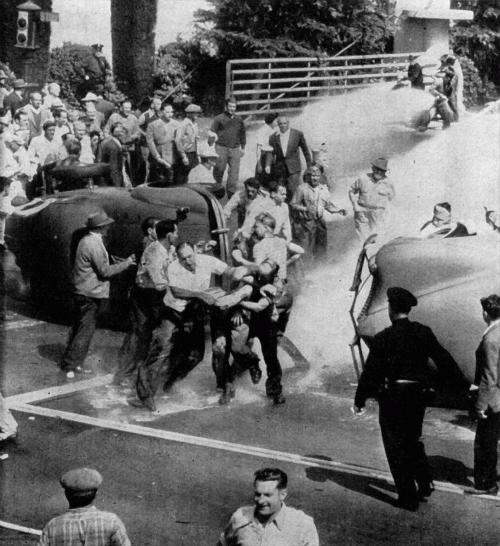 5 октября 1945 года — «голливудская черная пятница». Массовые беспорядки у входа на студию Warner