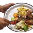Как известно, в развитых странах до половины пищи выбрасывается, много больше из-за привередливости оптовиков и торговцев, чем едоков. Как именно так получается, рассказывает Каролин Стил в...