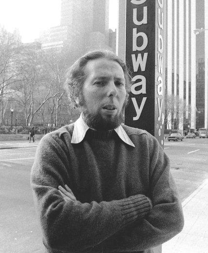 Стэнли Милграм, автор классического исследования повинуемости. 1975 г.