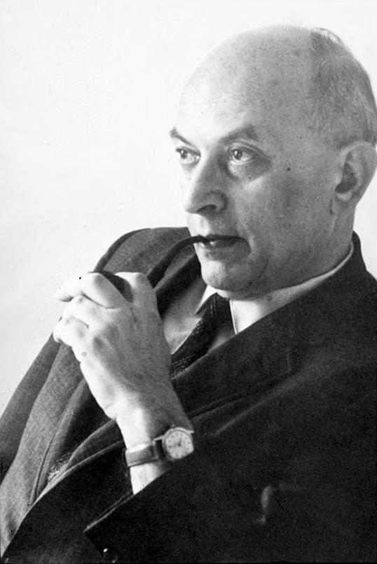 Соломон Эллиот Аш, автор второго классического исследования конформизма (первое - Музаффара Шерифа)