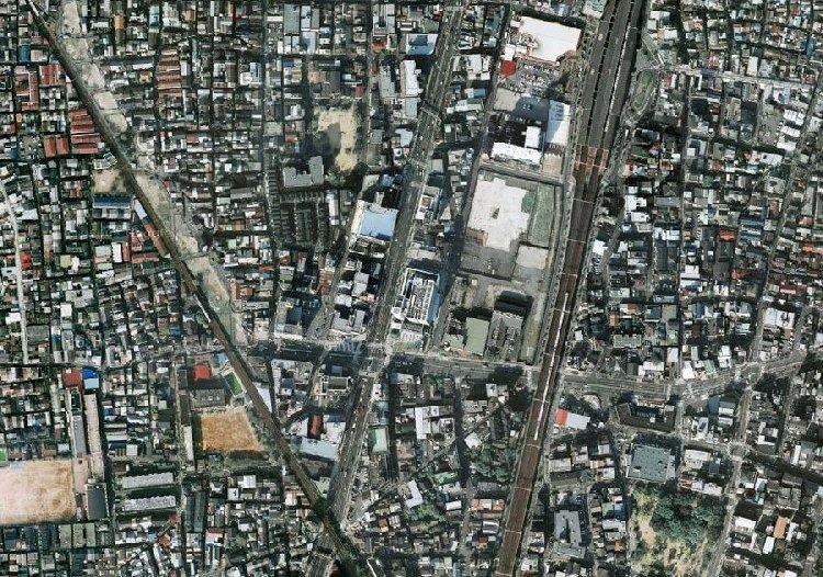 Трущоба в Осаке (Япония), в ней живут 30-40 тыс. человек