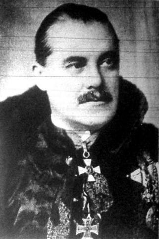 Витез Миклош Козма де Левельд. Ещё один венгерский фашист - бывший офицер, организатор гражданской войны против Советской республики, взявшей власть легитимным путём