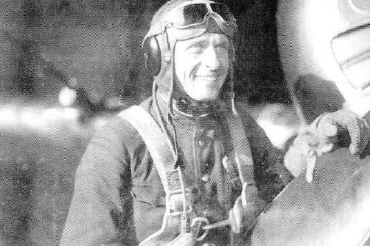Василий Голубев, фото 1942 года. В начале войны – один из самых результативных летчиков Балтийского флота.