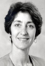 Карен Нуссбаум, одна из первых женщин - профсоюзных руководителей. 13-й директор Бюро по женской рабсиле в Минтруда США. Оно существует с 1920 гг., показывая важность работниц - как и дискриминации их - для капитализма