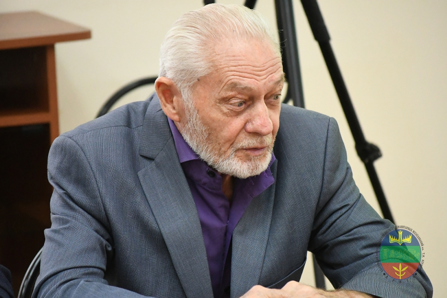 Нурбий Газизович Ловпаче
