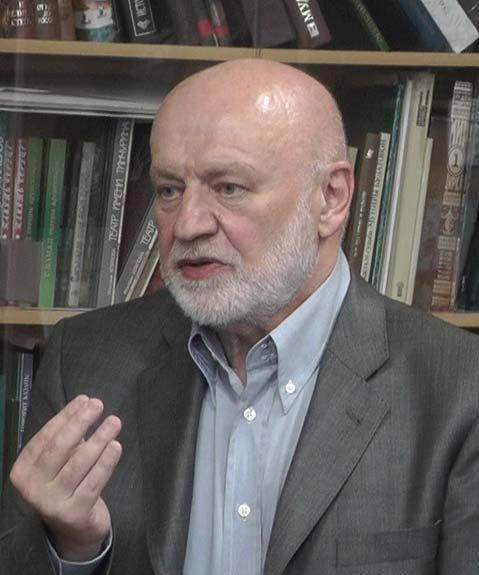 Мурад Эскендерович Аджжиев (Аджи). В советское время был очень хорошим экономгеографом...