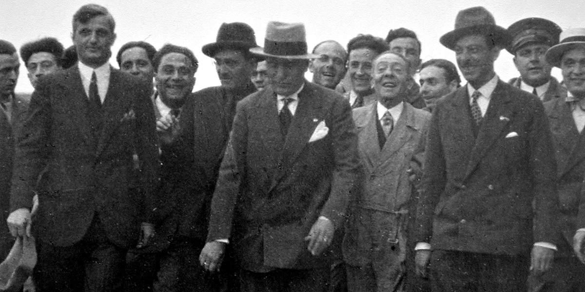 Муссолини посещает завод «Альфа Ромео»