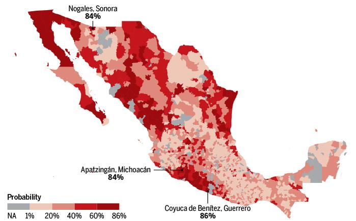 Прогноз вероятности нахождения неразысканных массовых захоронений убитых нарокартелями в разных муниципалитетах Мексики. Сделан по обучающей выборке данных о захоронениях убитых, публиковавшихся с 2013 по 2016 г.  Дальше классифицировали каждое в соответствии с 35 географическими и социально-экономическими переменными, включая уровень убийств, средний уровень образования и расстояние до границы с США. Затем их модель обнаружила муниципалитеты с похожими характеристиками и определила вероятность того, что они тоже будут содержать скрытые могилы.