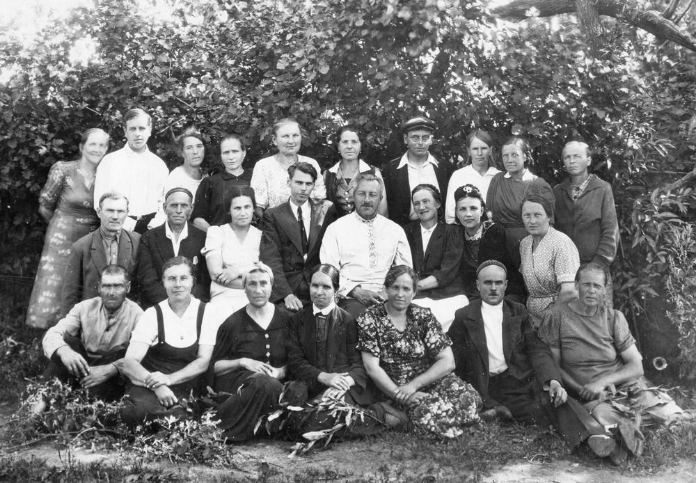 Коллектив Ленинградского зоосада, фото 1945 года.