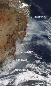 Пожары у восточного берега Австралии, снимок со спутника NASA 7.12.2019
