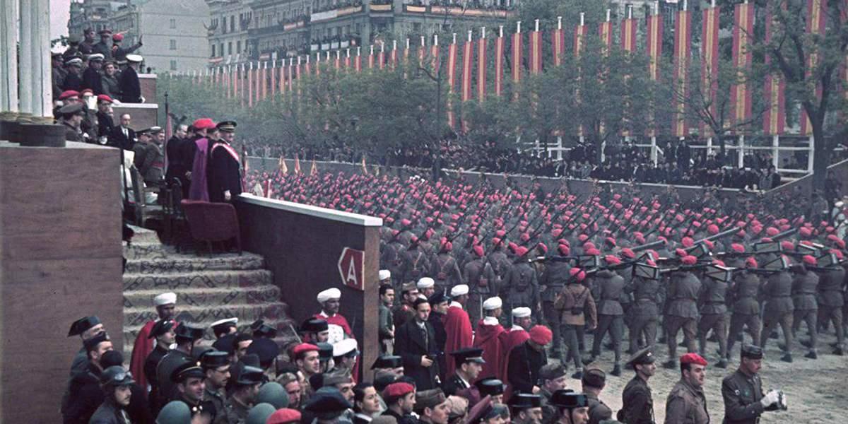 Франкисты входят в Мадрид, март 1939 года