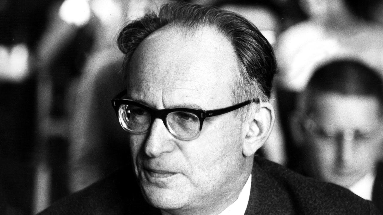 Оссип Карл Флейхтгейм. Коммунист, потом левый социал-демократ, атеист, один из создателей футурологии