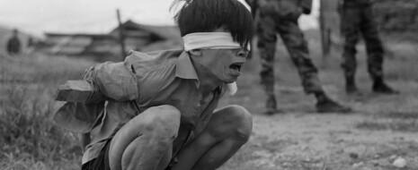 Когда США полезли во Вьетнам, они ещё понятия не имели, с чем столкнутся. Но воспользовались опытом операций в Латинской Америке — и развернулись от души.