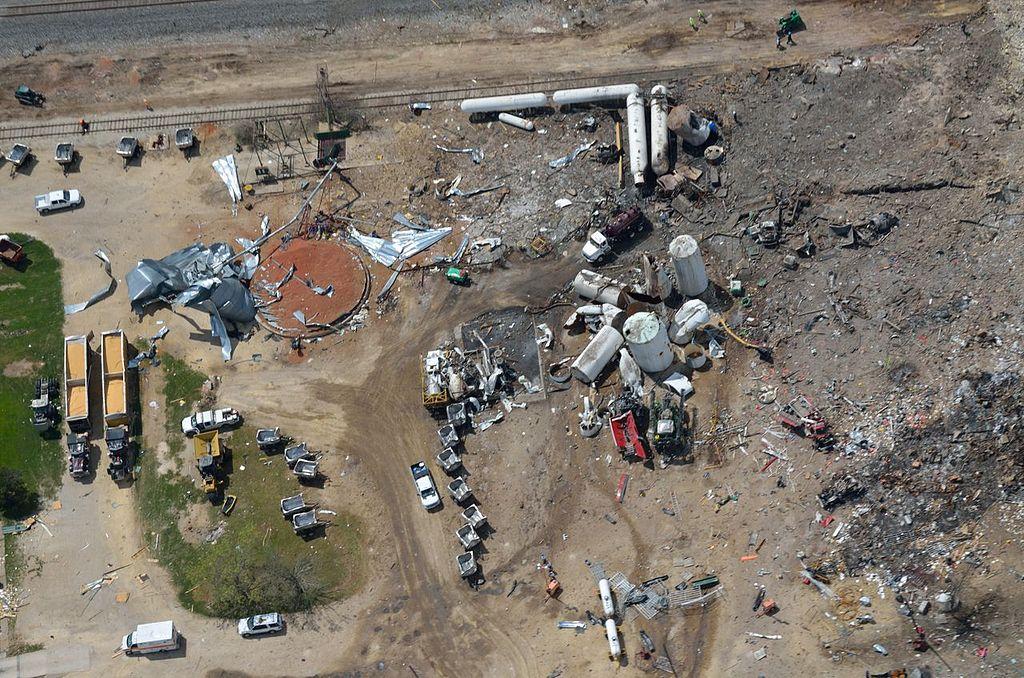 Вид с воздуха через несколько дней после взрыва (22.04.2013)