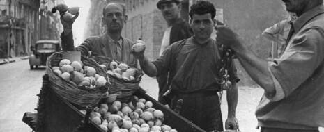 С непобедимой сицилийской мафией не смогли справиться даже фашисты. Суровые доны, ещё недавно определявшие политику в Италии, и сегодня способны тряхнуть стариной. Чем объясняется этот сицилийский феномен? Если отмотать назад век-другой, мы увидим, что...