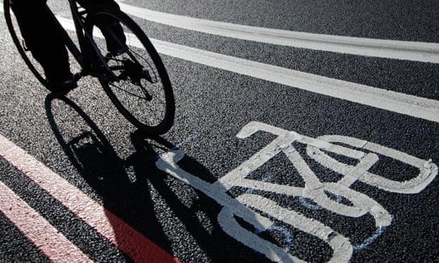 Транспорт должен быть планируемым. Это означает массовый переход на безопасные и отдельные велодорожки [и что гораздо важнее, вытеснение общественным траспортом частных авто, рельсовыми видами - автобусов и т.д.]
