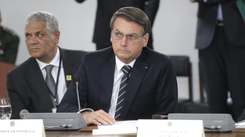 Президент Бразилии не зря скептически относится к экологическим инициативам Макрона